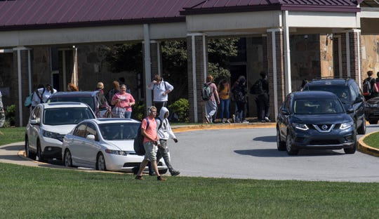Cars line up for students to be picked up at Westside High School in Anderson in September. Westside High School pickup and drop-off circle is considered one of the most congested among schools in Anderson County School District Five.