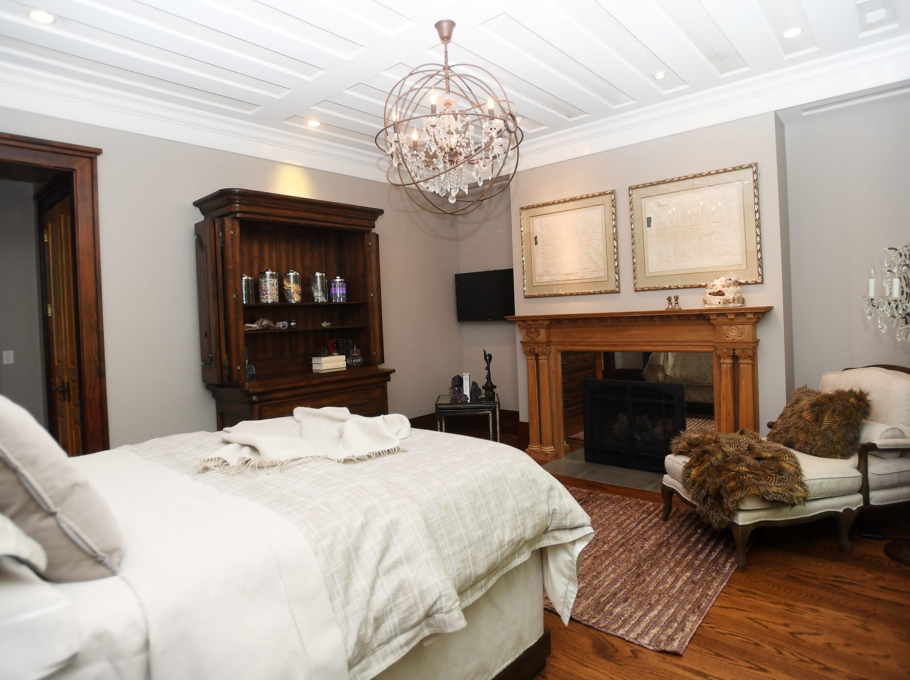 A guest bedroom in the Balsam Mountain Preserve home of Bobbye and Ken Bowdon.