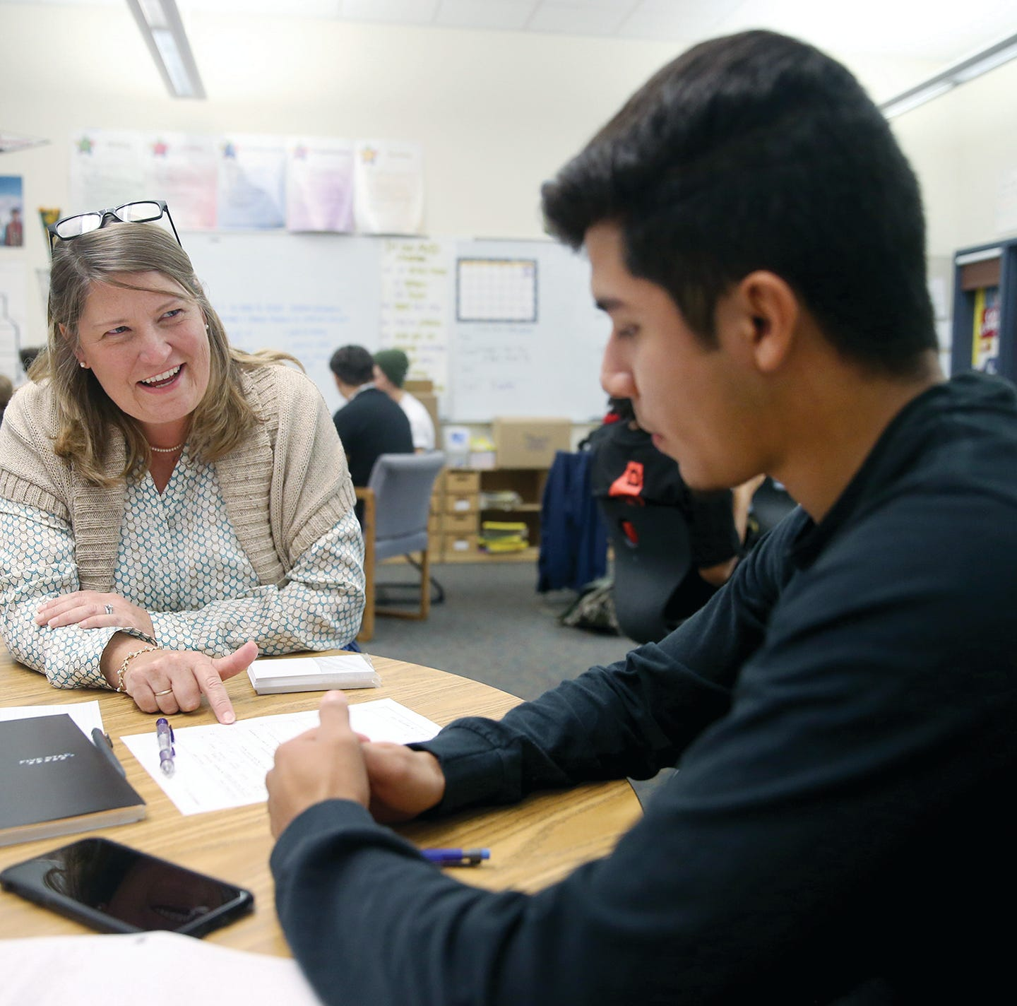 Program that has succeeded getting Bremerton students to college comes to North Mason