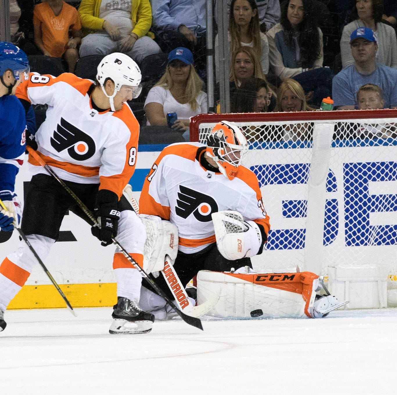 Flyers 5 takeaways: Brian Elliott takes another step in recovery in win