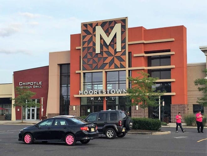 Two women were at the Moorestown Mall to see a movie when they heard another woman crying out for help. Turns out she was having a stroke and their actions helped save her life.
