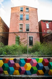 ÒISO - MatrixÓ designed by Derek Toebbe is featured in Bolivar Alley in Pendleton as part of New Lines Alleyway Murals: Phase II by ArtWorks.