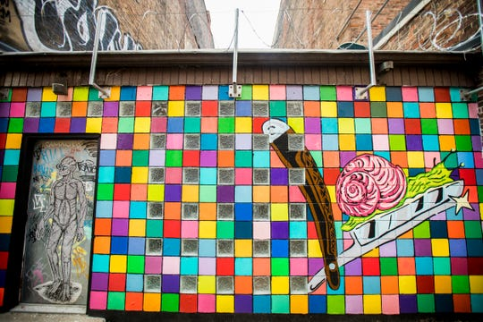 """""""On the Edge"""" designed by Derek Toebbe is featured in Bolivar Alley in Pendleton as part of New Lines Alleyway Murals: Phase II by ArtWorks."""