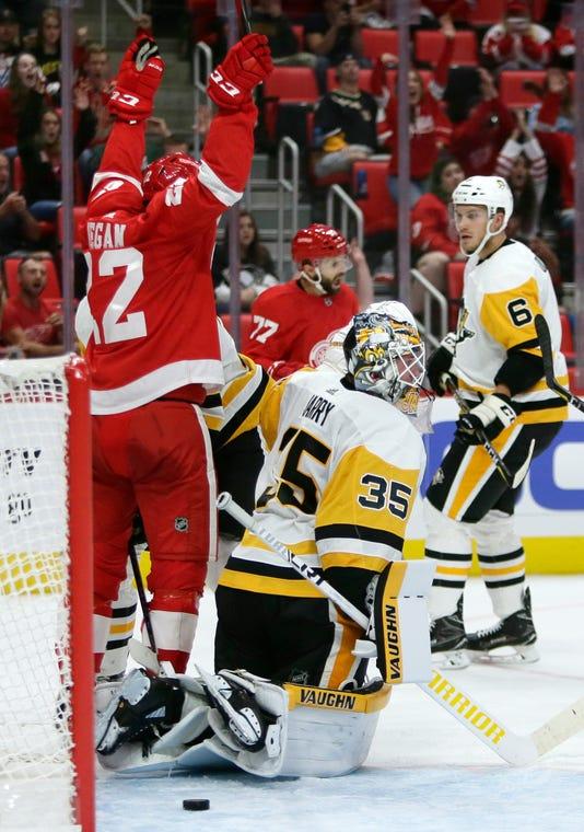 Ap Penguins Red Wings Hockey 1