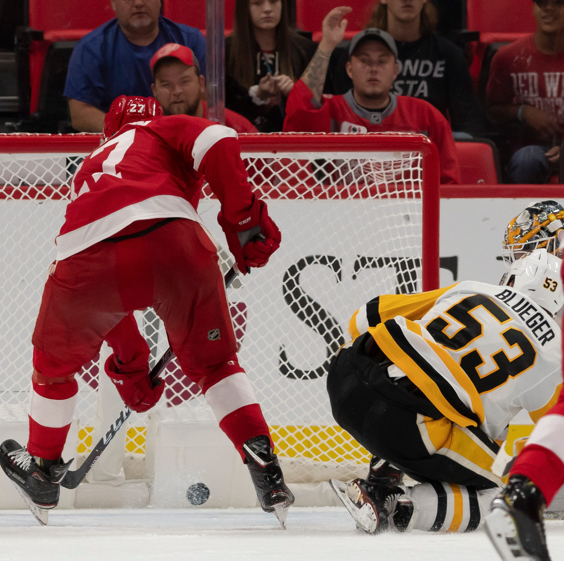 Red Wings' Rasmussen helps his cause with OT winner vs. Penguins
