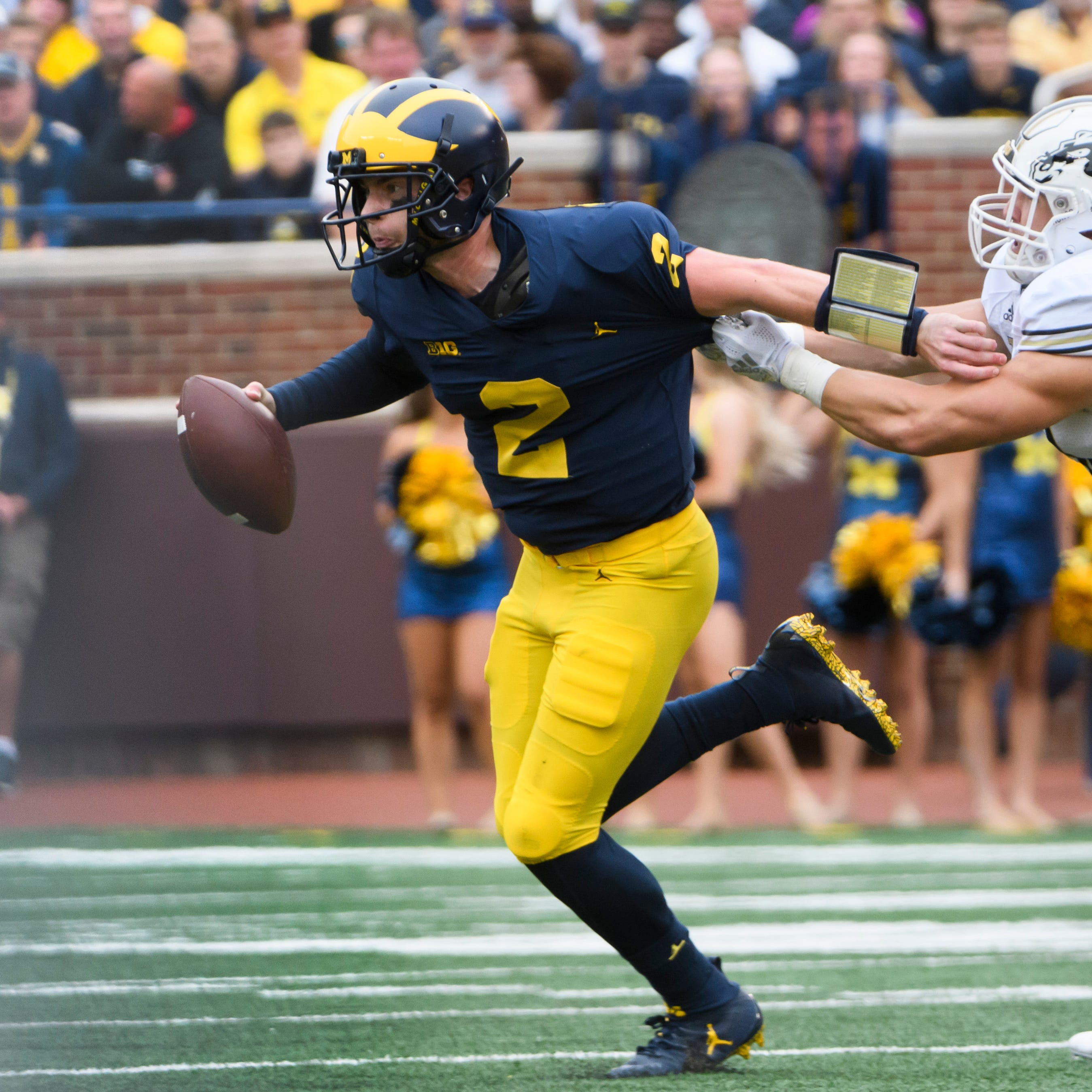 Michigan mailbag: Is Jim Harbaugh too stubborn with run-heavy approach?