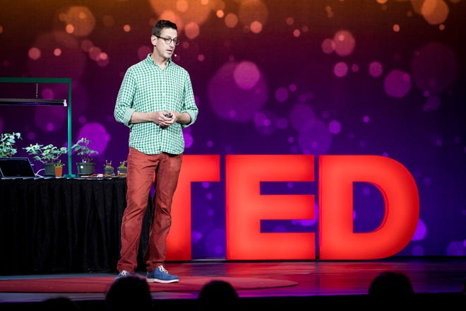 Greg Gage, co-founded of Backyard Brains in Ann Arbor, is a TED senior fellow.