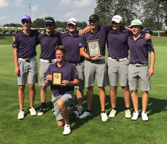 Coach Greg Smith's Lexington Minutemen capped a perfect Ohio Cardinal Conference season by repeating as tournament champion Thursday at Mohican Hills.