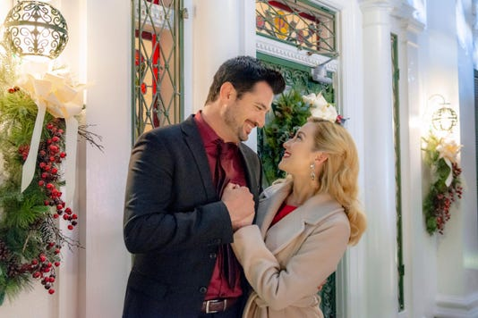 memphis based hallmark channel movie christmas at graceland gets