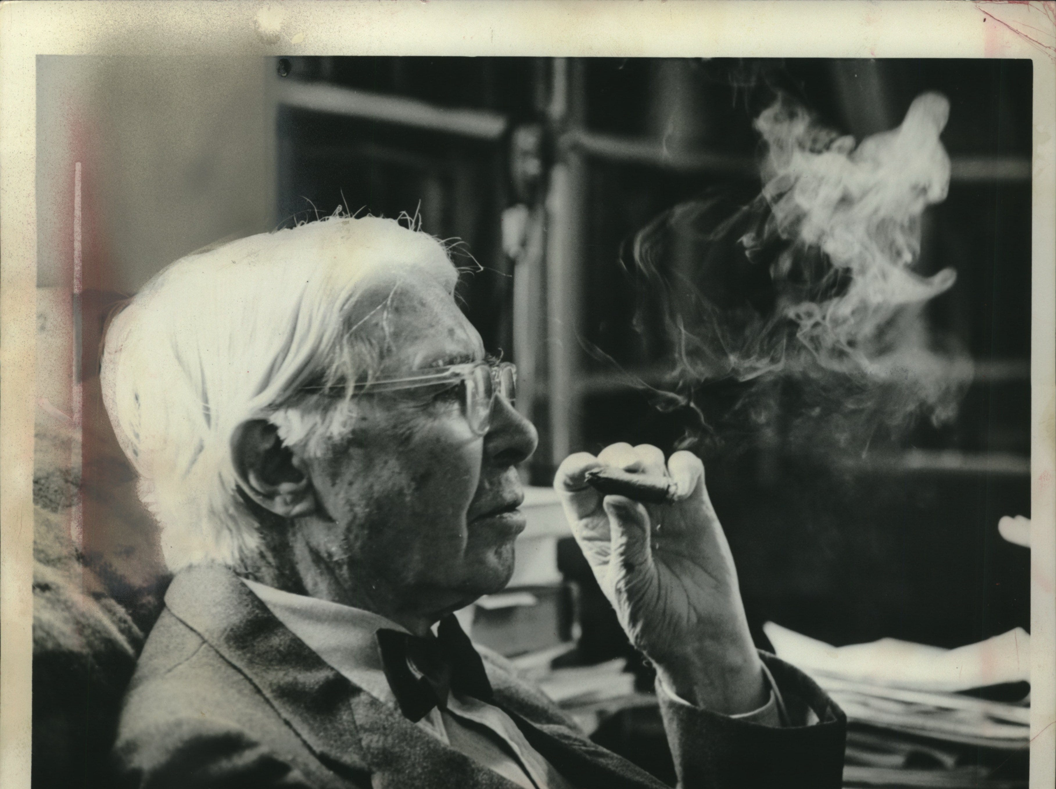 "1963: Poet Carl Sandburg spent five of his earlier years in Wisconsin. He married Lilian Strechen of Menomonee Falls, whose brother Edward, was to become a famous photographer. During that period, he worked on three Milwaukee newspapers, including The Milwaukee Journal. In 1910 Sandburg became secretary to Social-Democrat Emil Seidel when he became mayor. Two years later he moved on to Chicago; his book., ""Chicago Poems,"" was the beginning of literary fame and fortune."