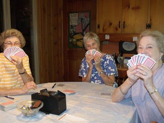 Sisters Janice Mahoney, Dot Hawthorne and Marjorie Scorey.