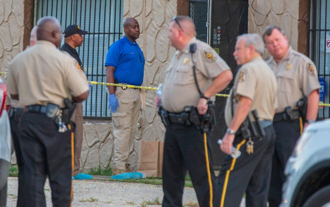Montgomery County Sheriff's deputies suspect foul play in the death of a man found in a shuttered business in the Waugh area.