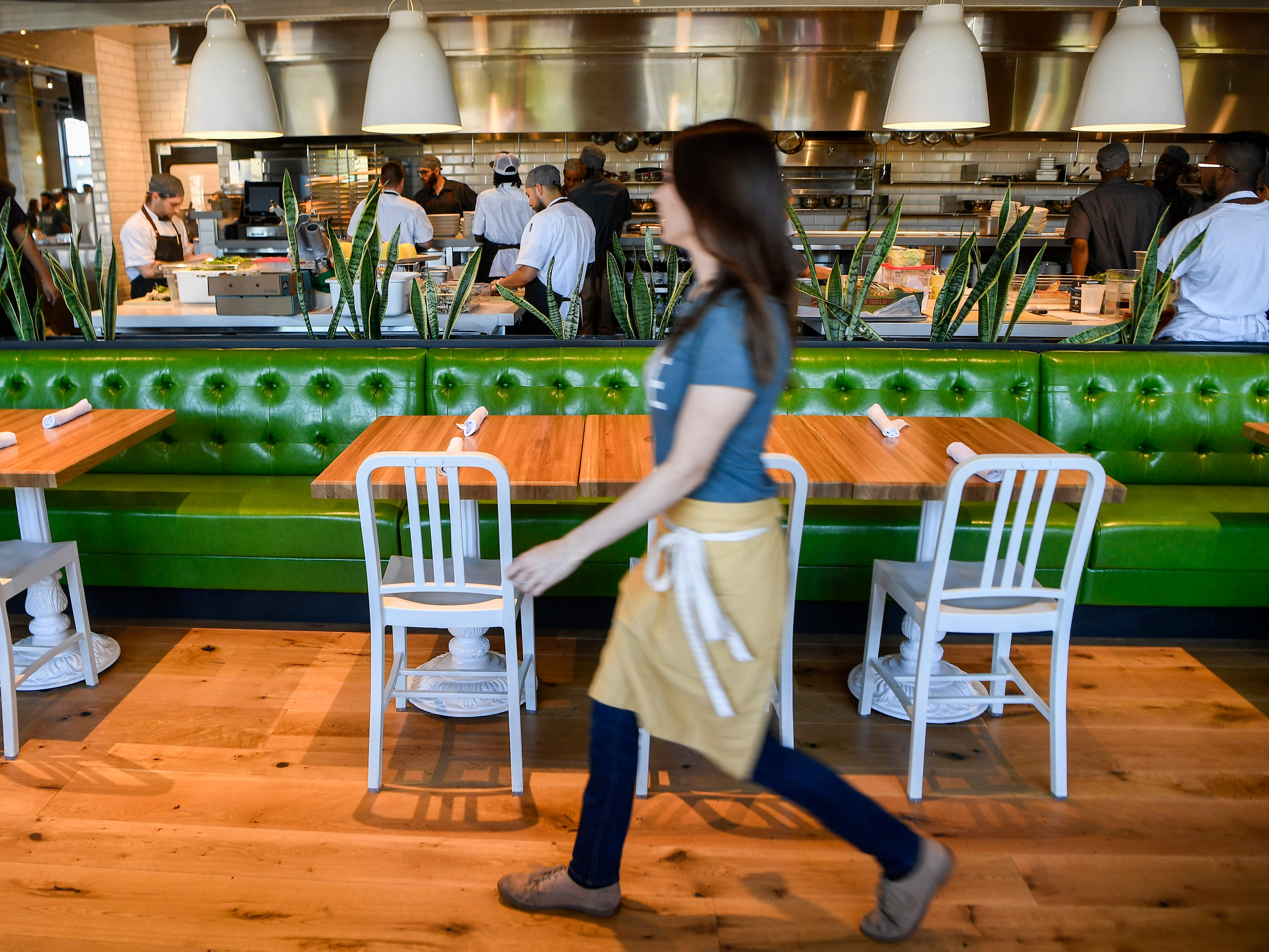 Workers are trained at the new True Food Kitchen in Nashville, Tenn., Thursday, Sept. 20, 2018. Founded in 2008, the True Food KitchenÕs philosophy, backed by Oprah Winfrey is opening in Green Hills this month.