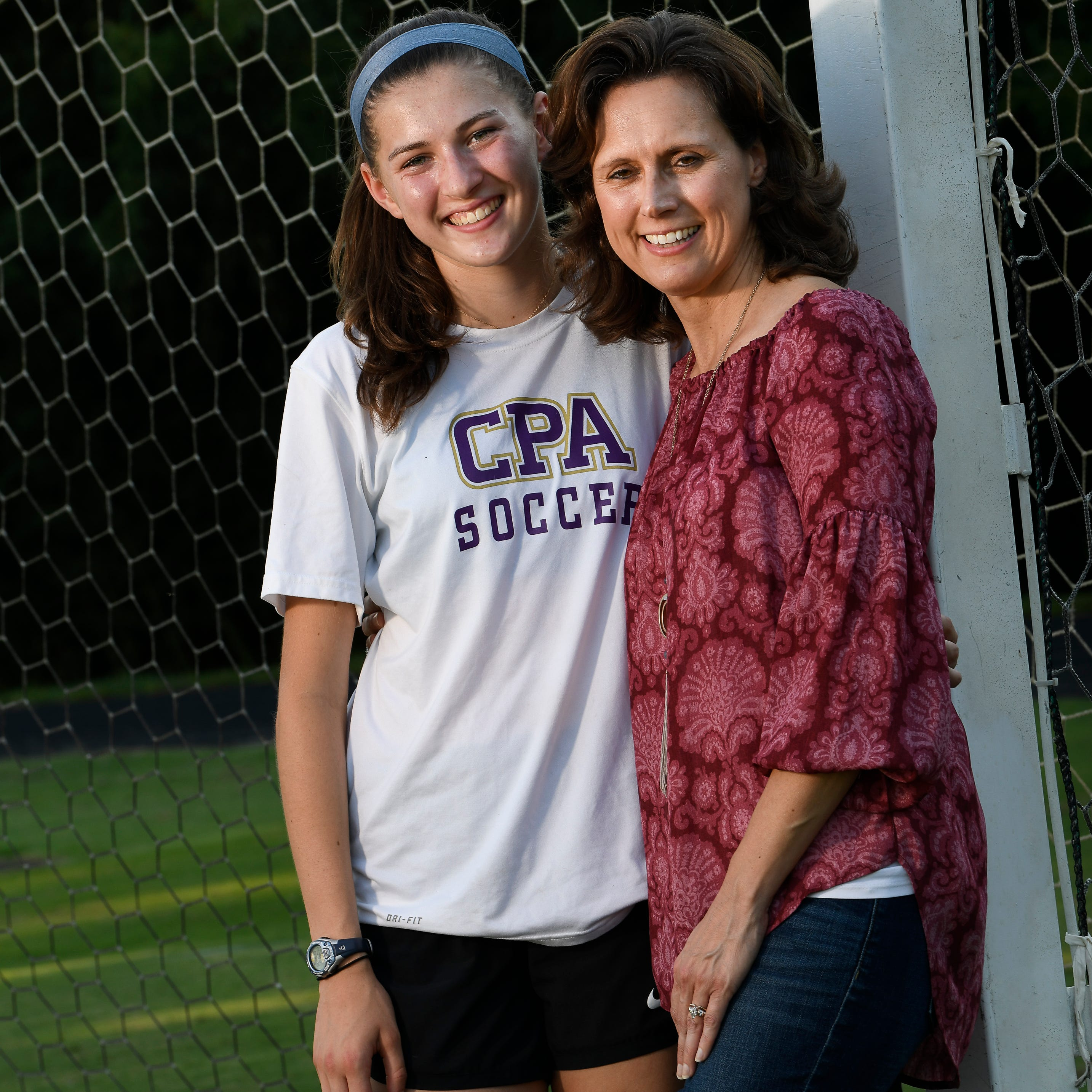 CPA star's mom fighting breast cancer with faith and 'a smile in the midst of tears'