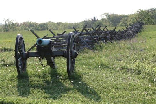 Early morning on the Gettysburg battlefield.