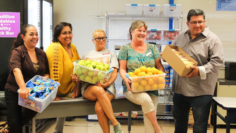 Casa de Peregrinos debuts healthy snack bar at Lynn Community School open house