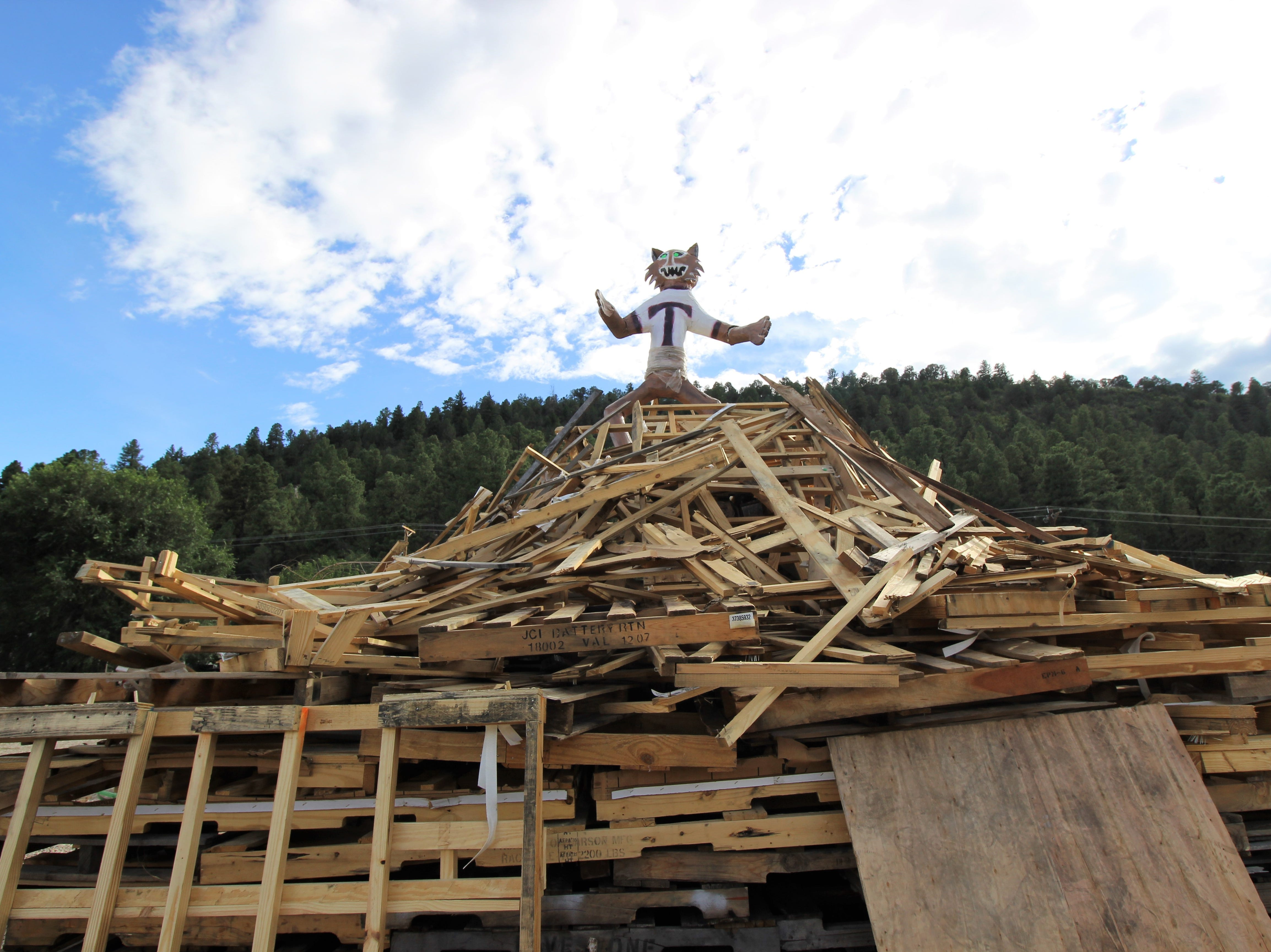 The Tularosa Wildcat effigy before it faced its demise at the 2018 Ruidoso Homecoming bonfire.