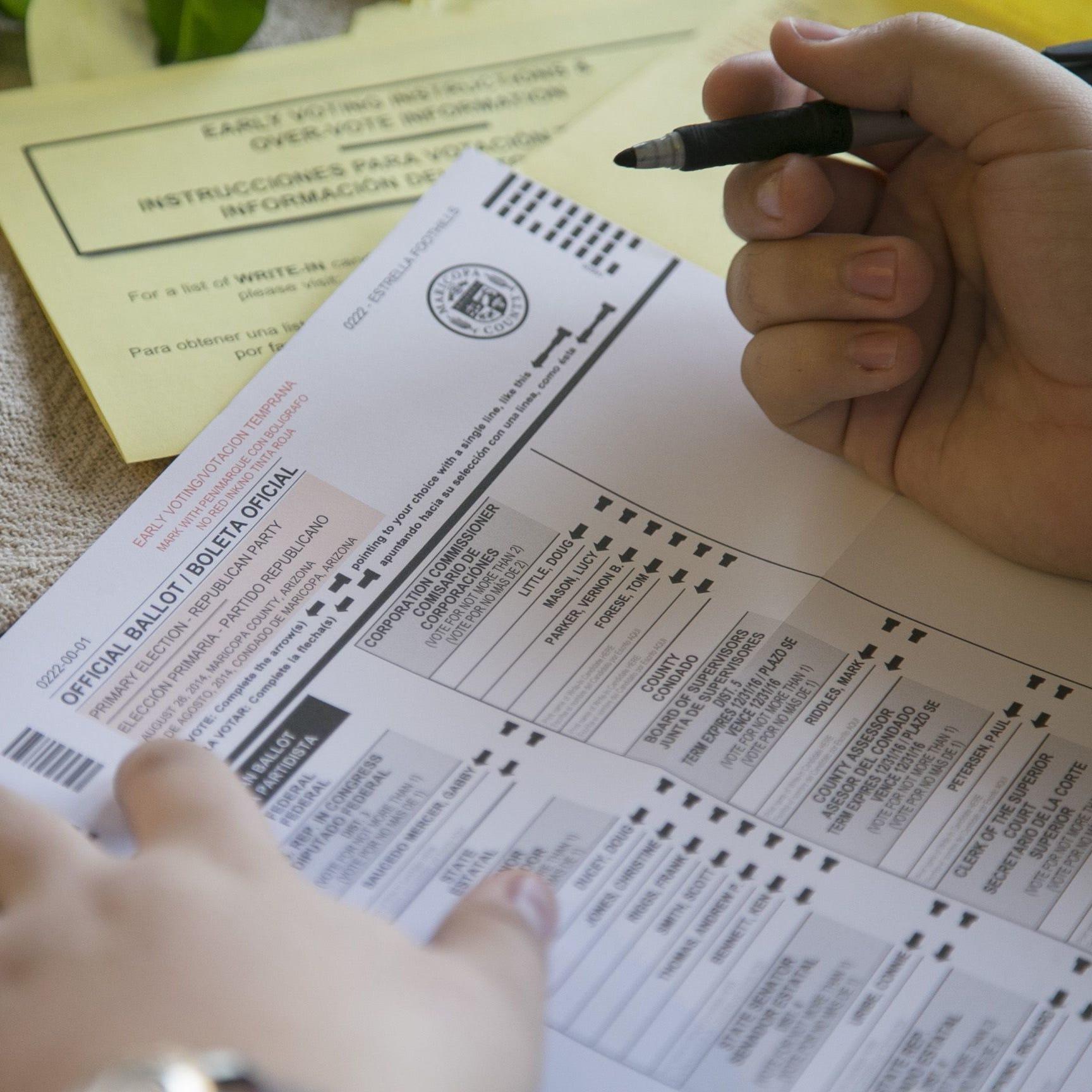 Cómo registrarse para votar en las elecciones de noviembre en Arizona ¡no se quede afuera!