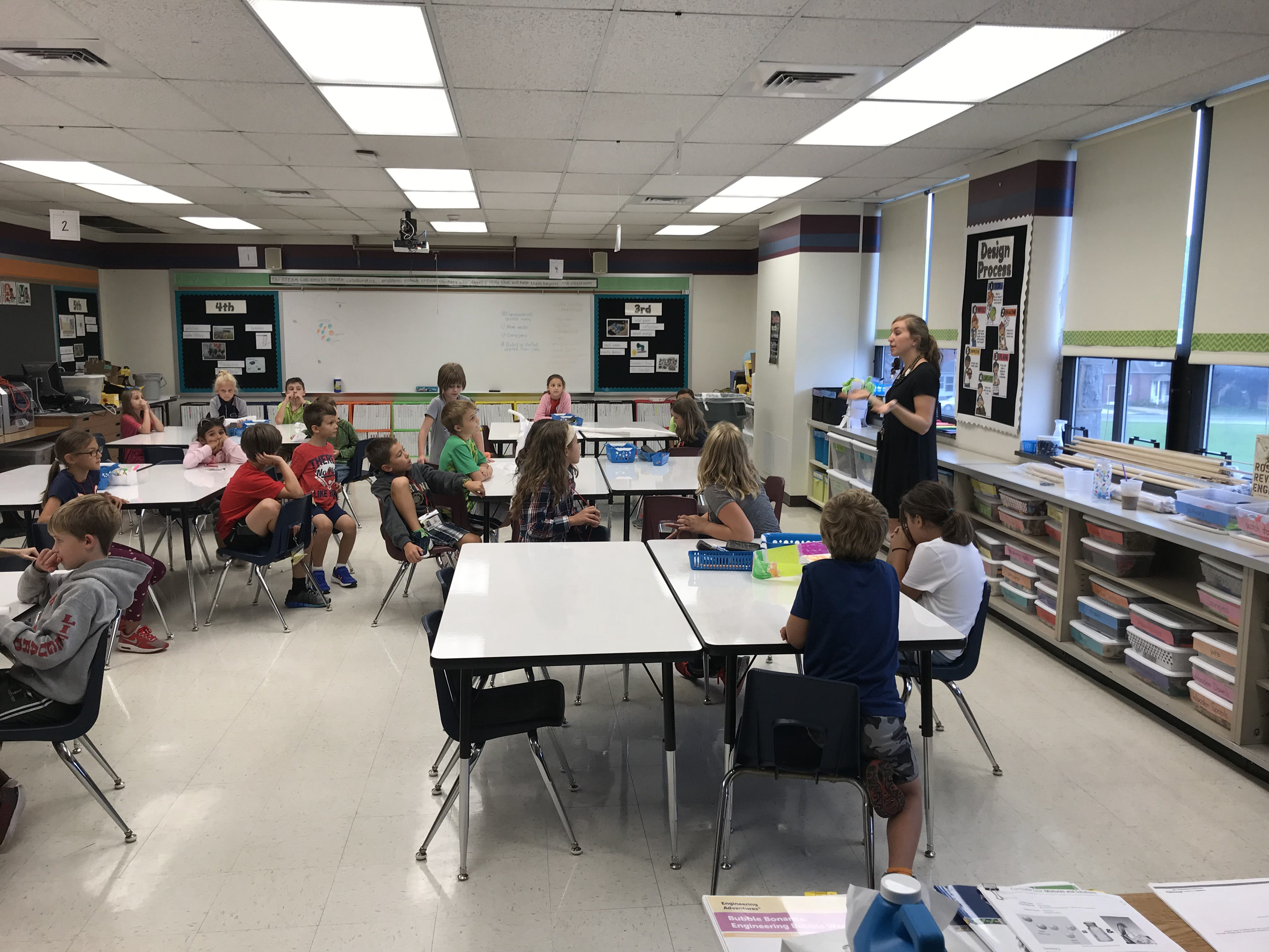 Katie Martin teaches third grade students during their STEAM Special on Sept. 17. Martin's classes have been specifically dedicated to STEAM since the beginning of the 2017 school year.