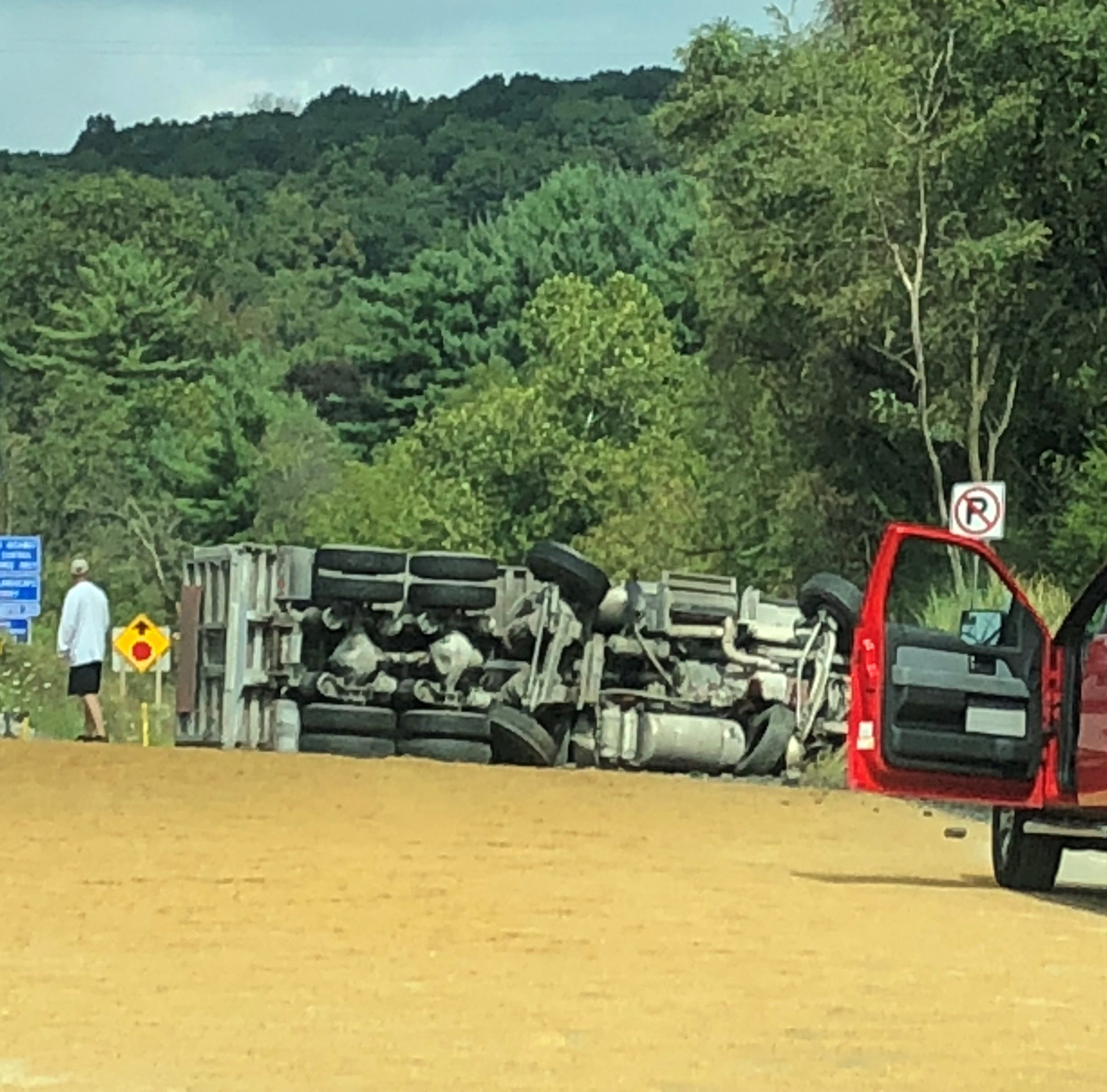 Highway reopens after truck turns Interstate 83 into giant sandbox in southern York County
