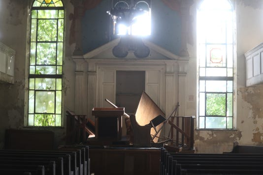 Joseph Ave. Congregation B'nai Israel altar