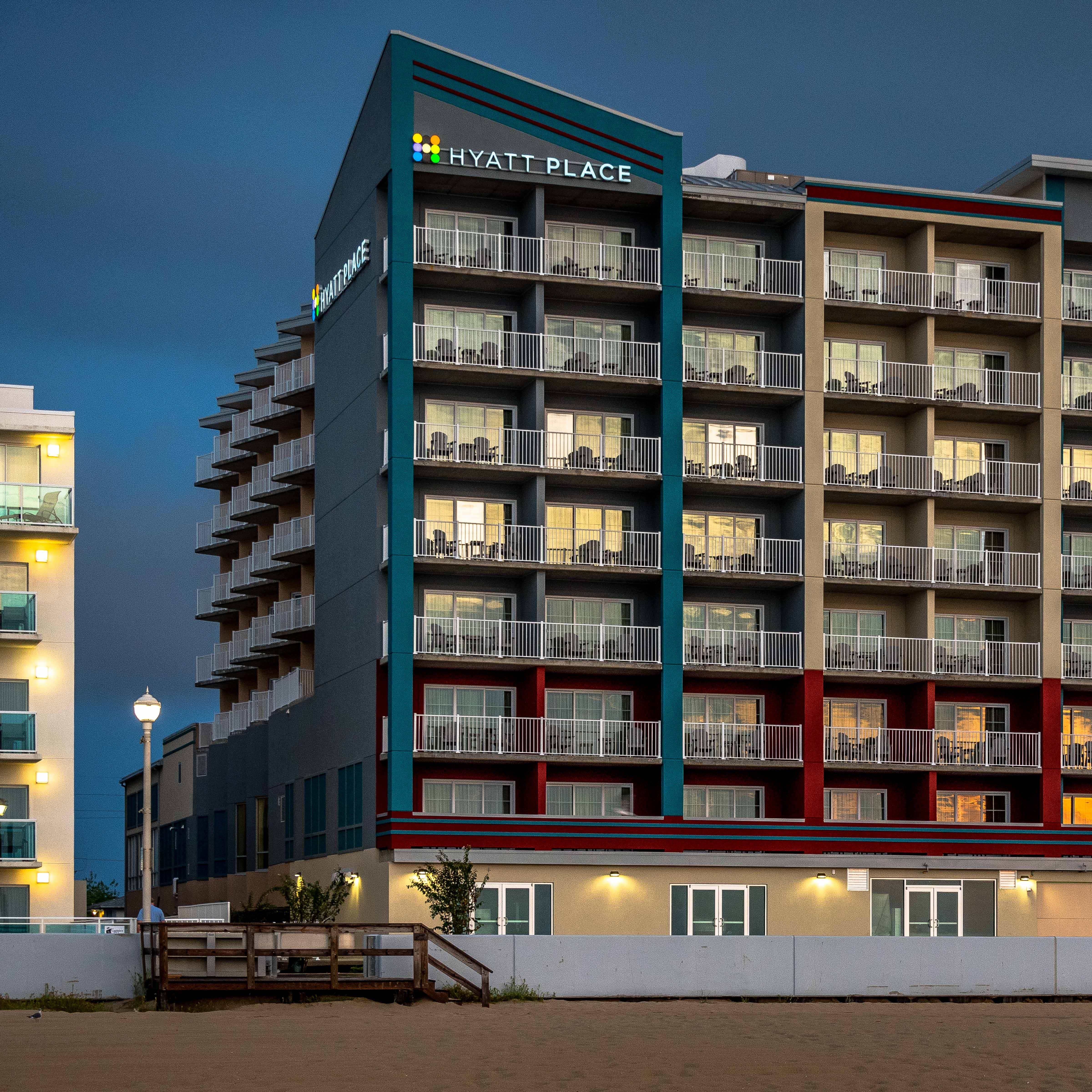 New hotel opens on Ocean City Boardwalk