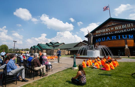 The Springfield Convention and Visitors Bureau wants to get the tourism season in Springfield jump-started with discounts to local attractions like Wonders of Wildlife as well as hotel deals.