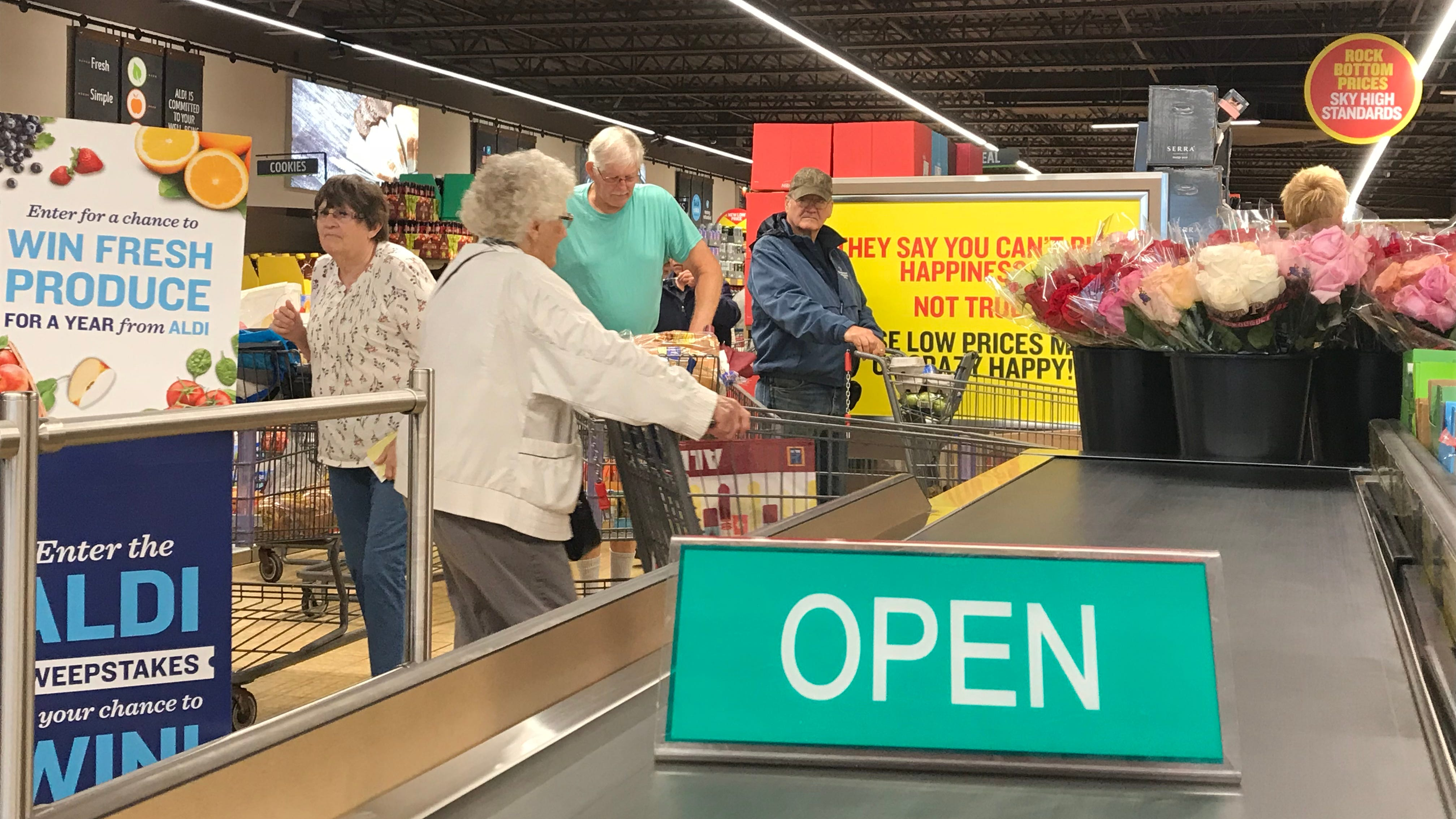 Aldi celebrates grand reopening with shoppers Thursday in Wisconsin Rapids