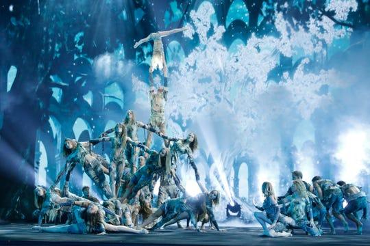 Acrobatic dance group Zurcaroh's final performance on