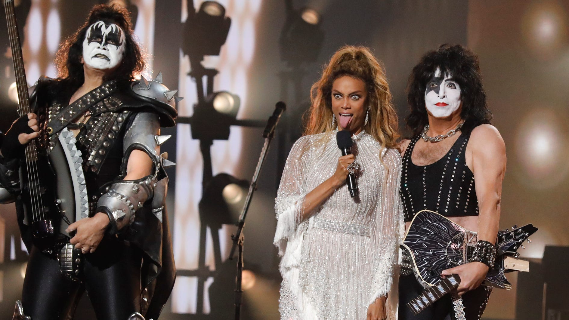 """AMERICA'S GOT TALENT -- """"Live Finale Results"""" Episode 1322 -- Pictured: (l-r) Gene Simmons, Tyra Banks, Paul Stanley, Tommy Thayer of KISS -- (Photo by: Trae Patton/NBC)"""