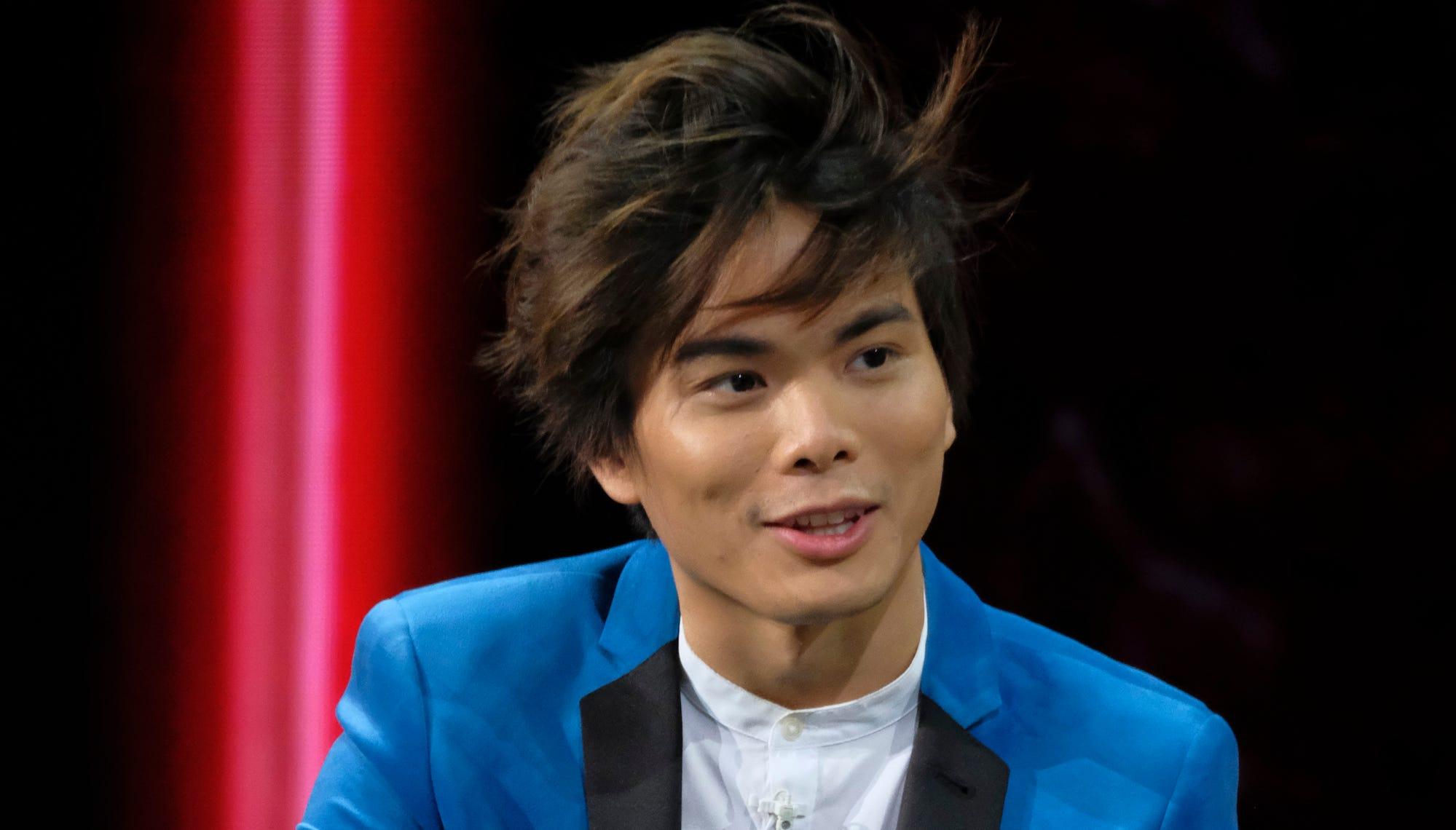 "AMERICA'S GOT TALENT --  ""Live Finale Results"" Episode 1322 -- Pictured: Shin Lim -- (Photo by: Trae Patton/NBC)"