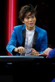 Magician Shin Lim wowed