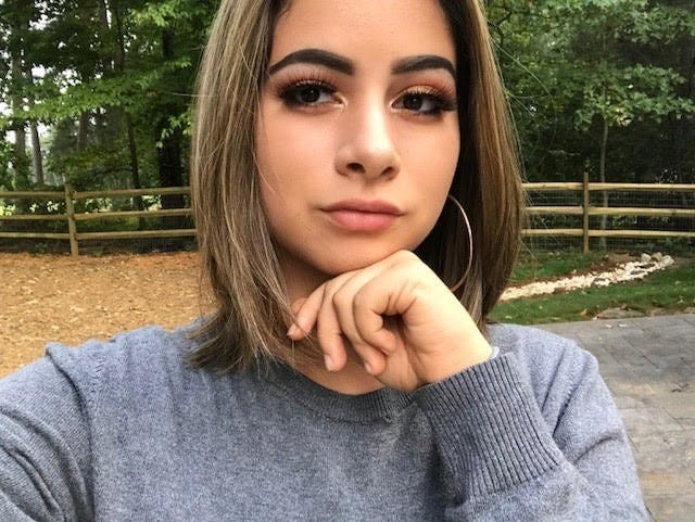 Emma Sanchez, 17