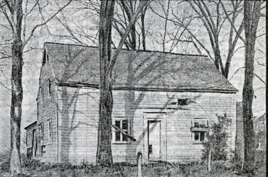 The DeForest Street home as it appeared in 1901.