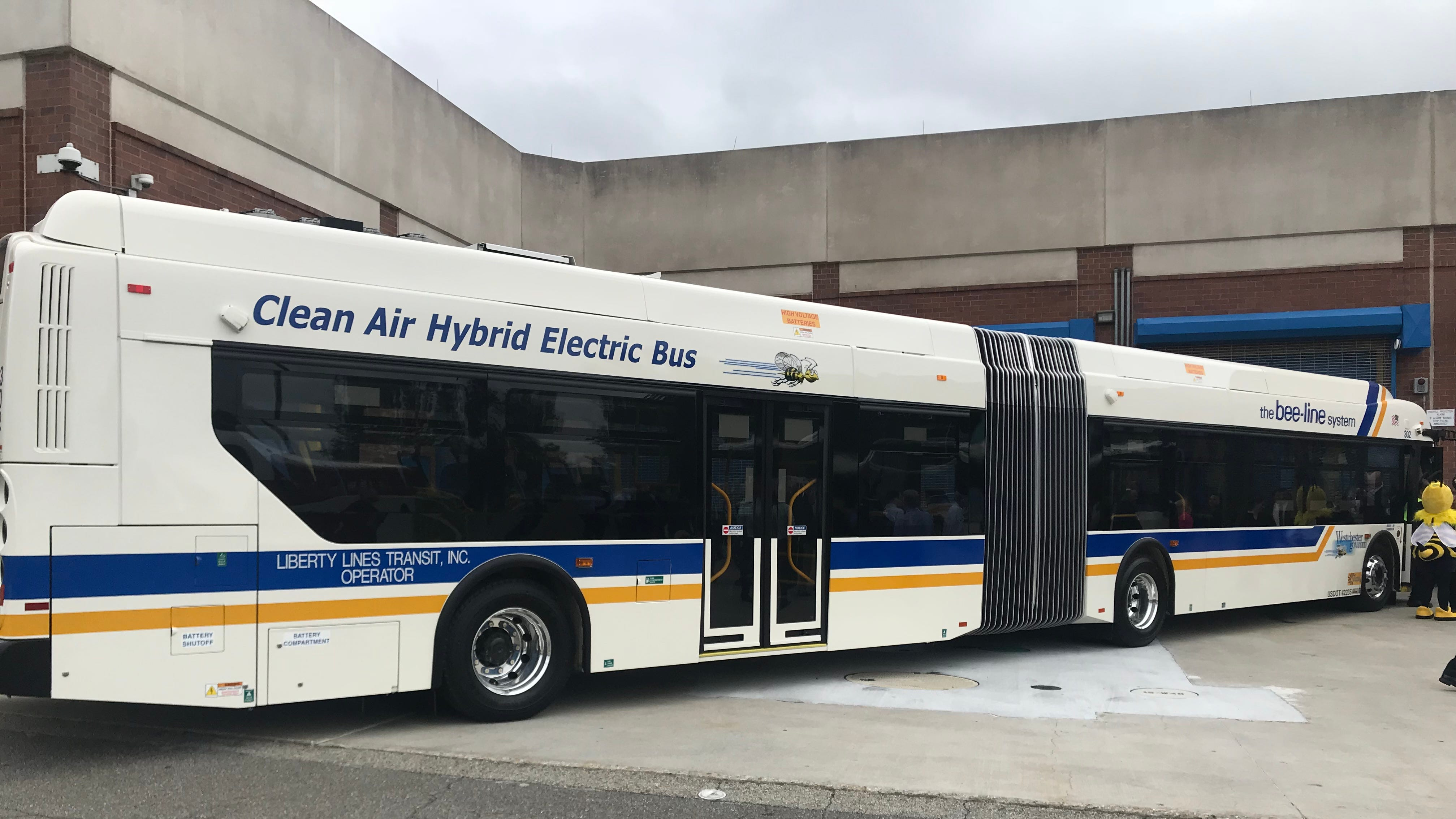 BAE wins Westchester hybrid bus contract