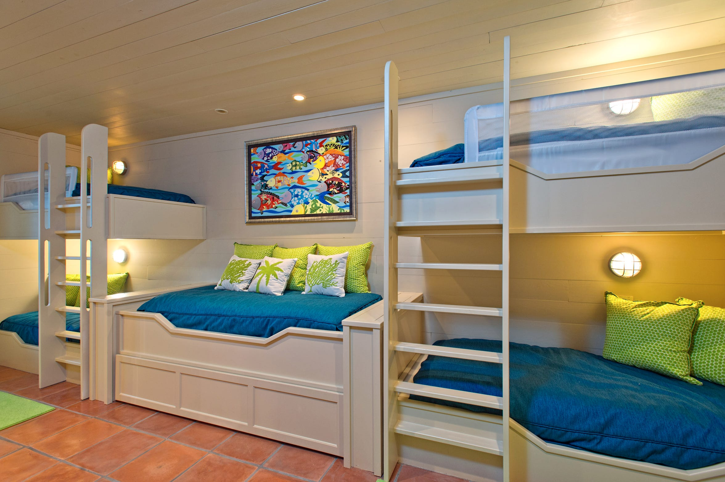 Kids, big and small will enjoy the first floor bunk room which sleeps 5 or more