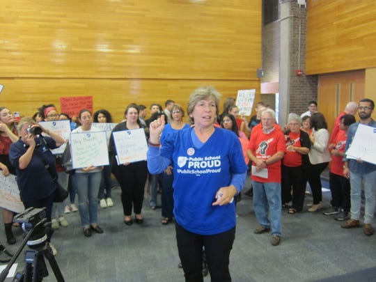 American Federation of Teachers (AFT) President Randi Weingarten rallying with hundreds of Rutgers workers and union members calling for contract negotiations before University President Robert Barchi gave his state of the university address.
