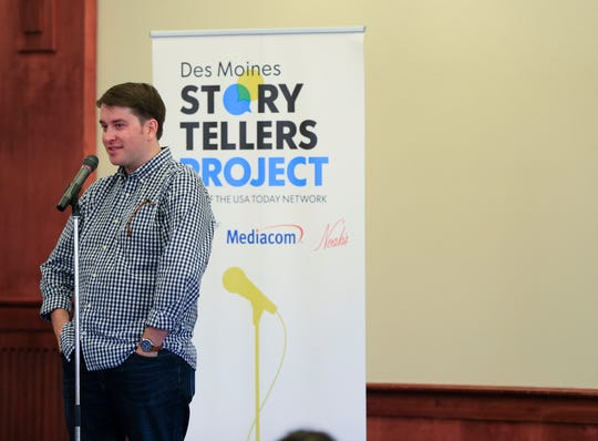 Craig VandeVenter speaks during the Des Moines Storytellers project at Forte Banquet & Conference Center Sept. 20, 2018.