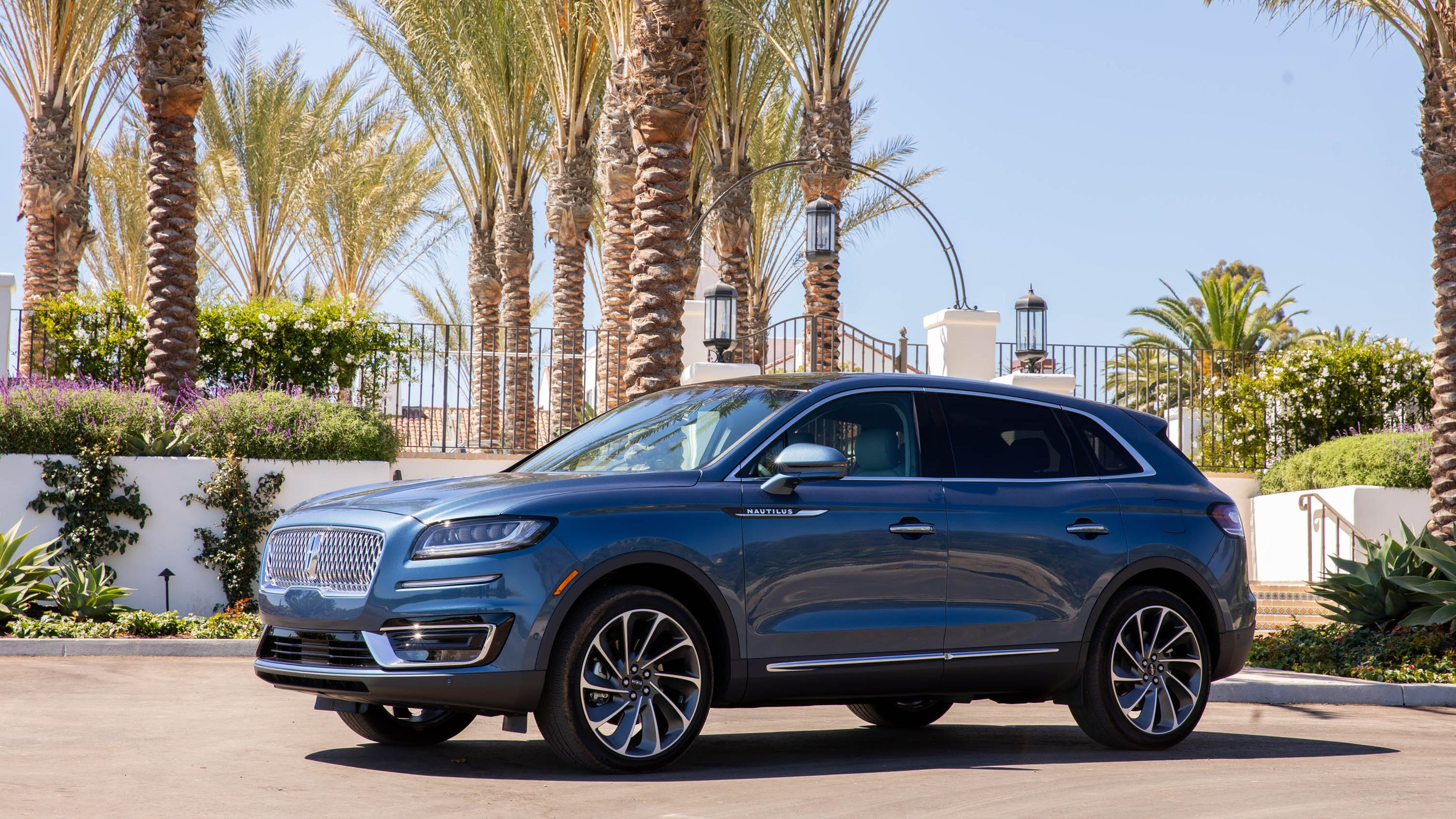 2019 Lincoln Nautilus Drivers Warned Of Steering Tech Recall