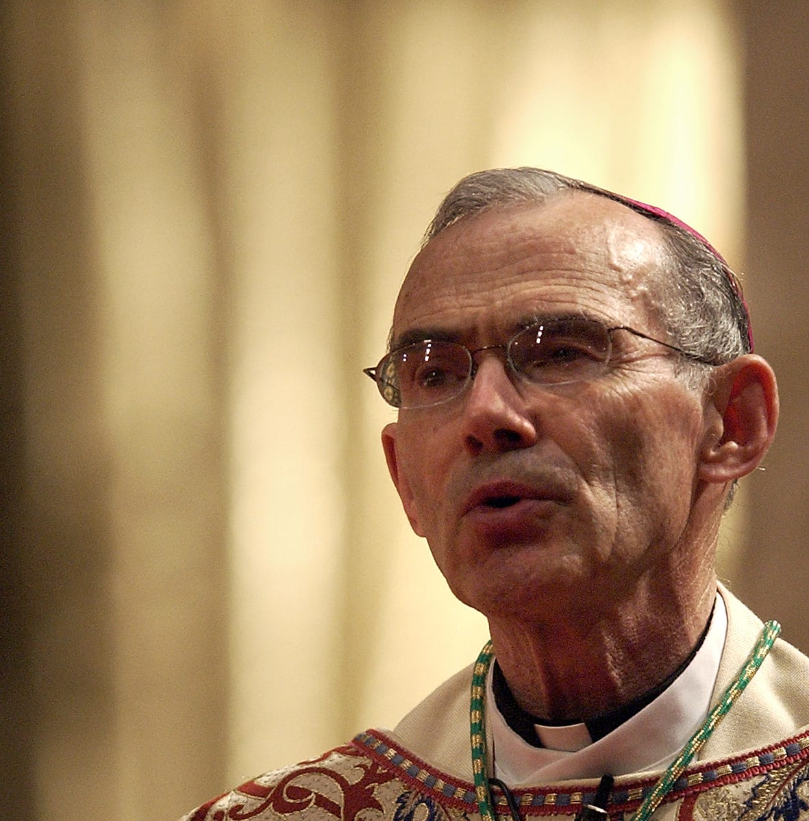 Bishop Robert Morneau speaks during mass for the new pope at St. Francis Xavier Cathedral in Green Bay in 2005.