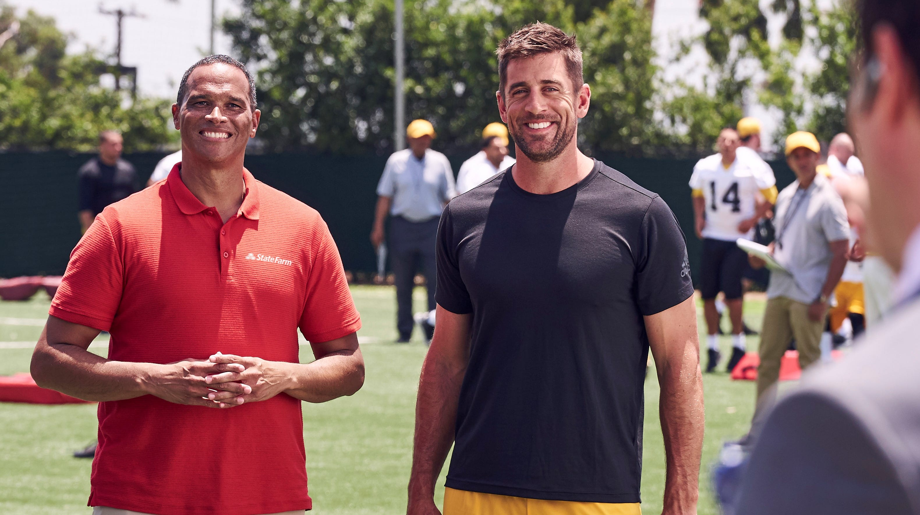 Aaron Rodgers Really Nice Says Real Life Agent In State Farm Commercial