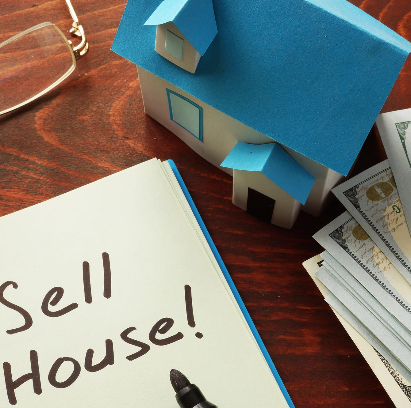 The Right Time to Sell: 5 Signs You May be Ready to Move On