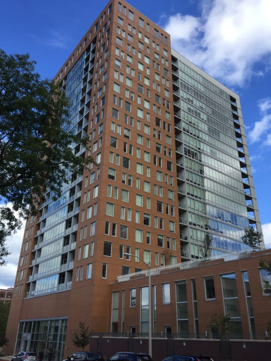 Prosecutors believe Kelly Dwyer was killed during bondage sex in an 18th-floor apartment of this building in October 2013. Jurors will visit the scene.