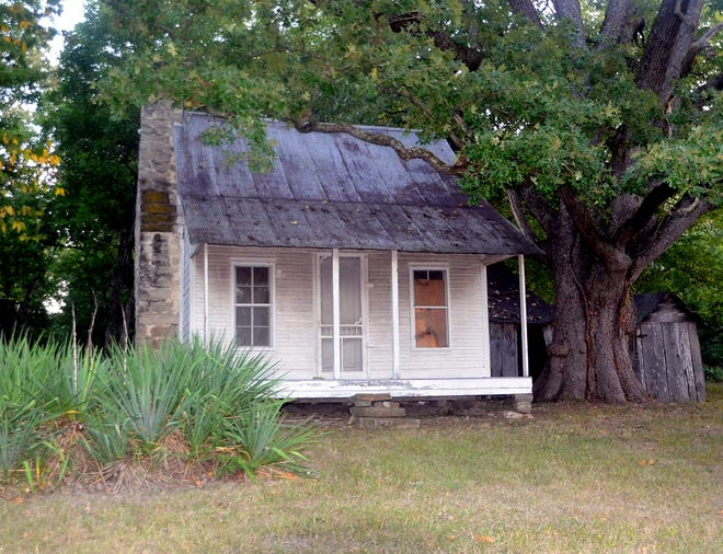 The homestead of William Jasper and Belle Johnson on Lakeshore Road in Bull Shoals has been named to the National Registry of Historic Places.