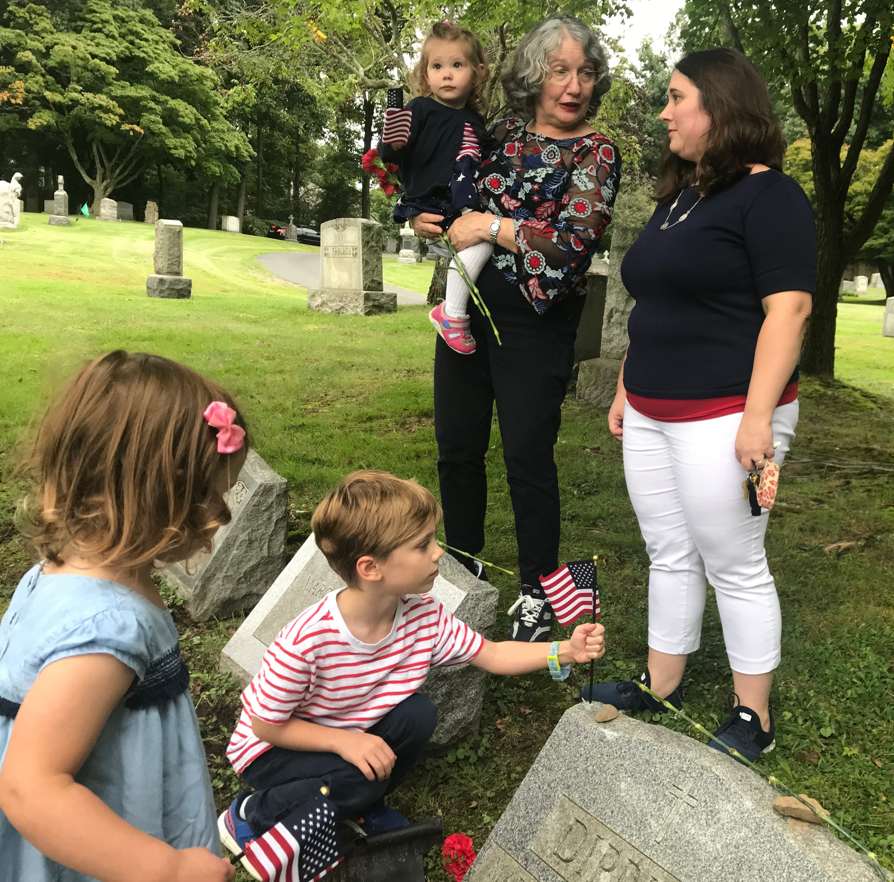 Family visits WWI soldier's grave 100 years after his death