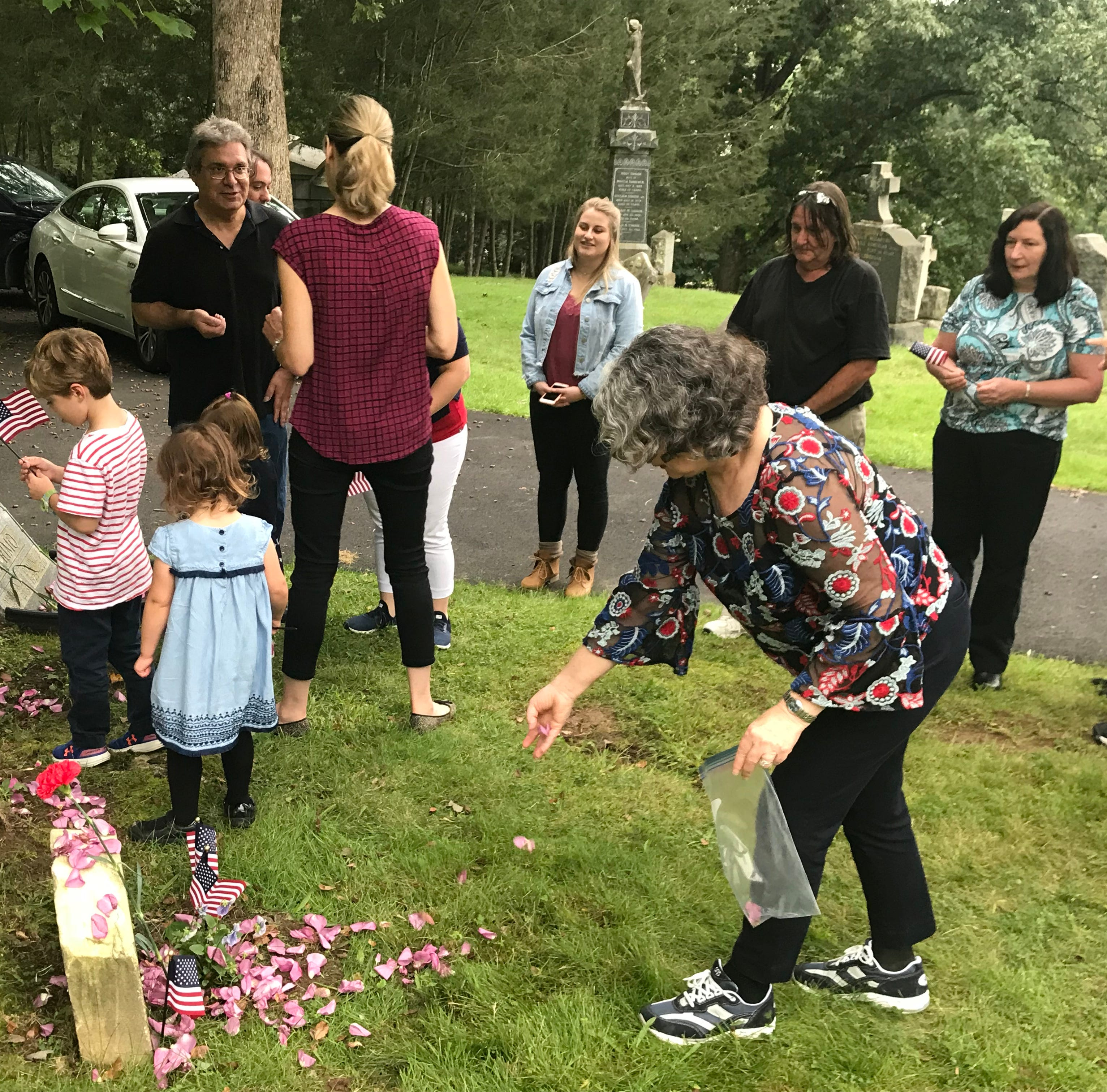 Family visits grave, memorial of heir who died in WW I 100 years ago