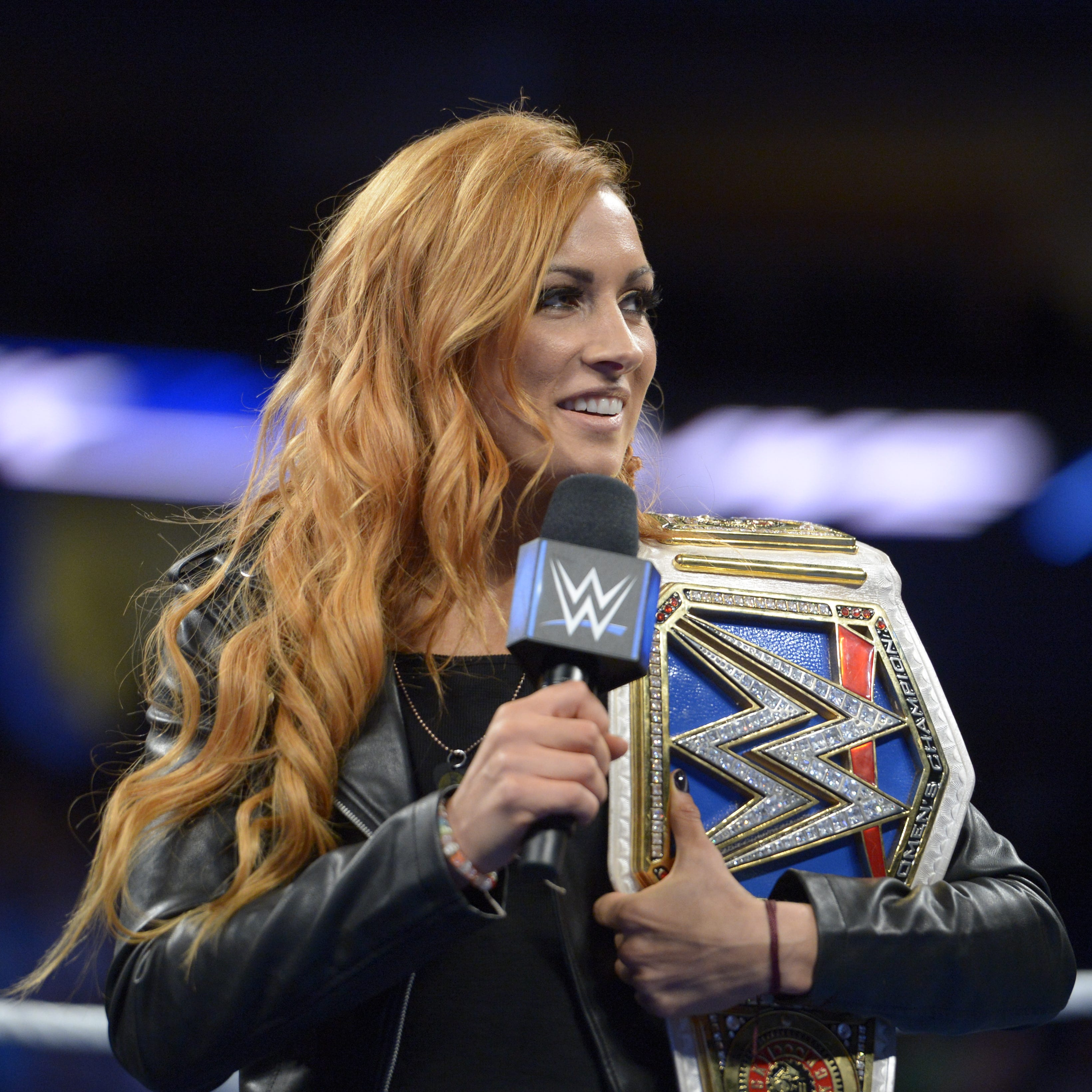 Becky Lynch back atop the SmackDown women's division as champion