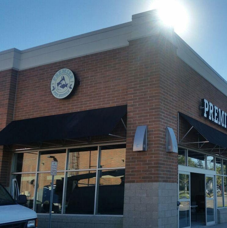 Family-owned Premier Pet Supply chooses Canton for new store