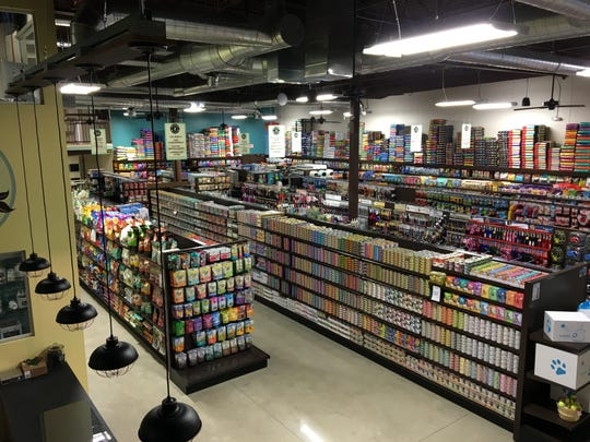 Premier Pet Supply stocks thousands of items, including holistic and natural foods, treats and supplements, for pets.