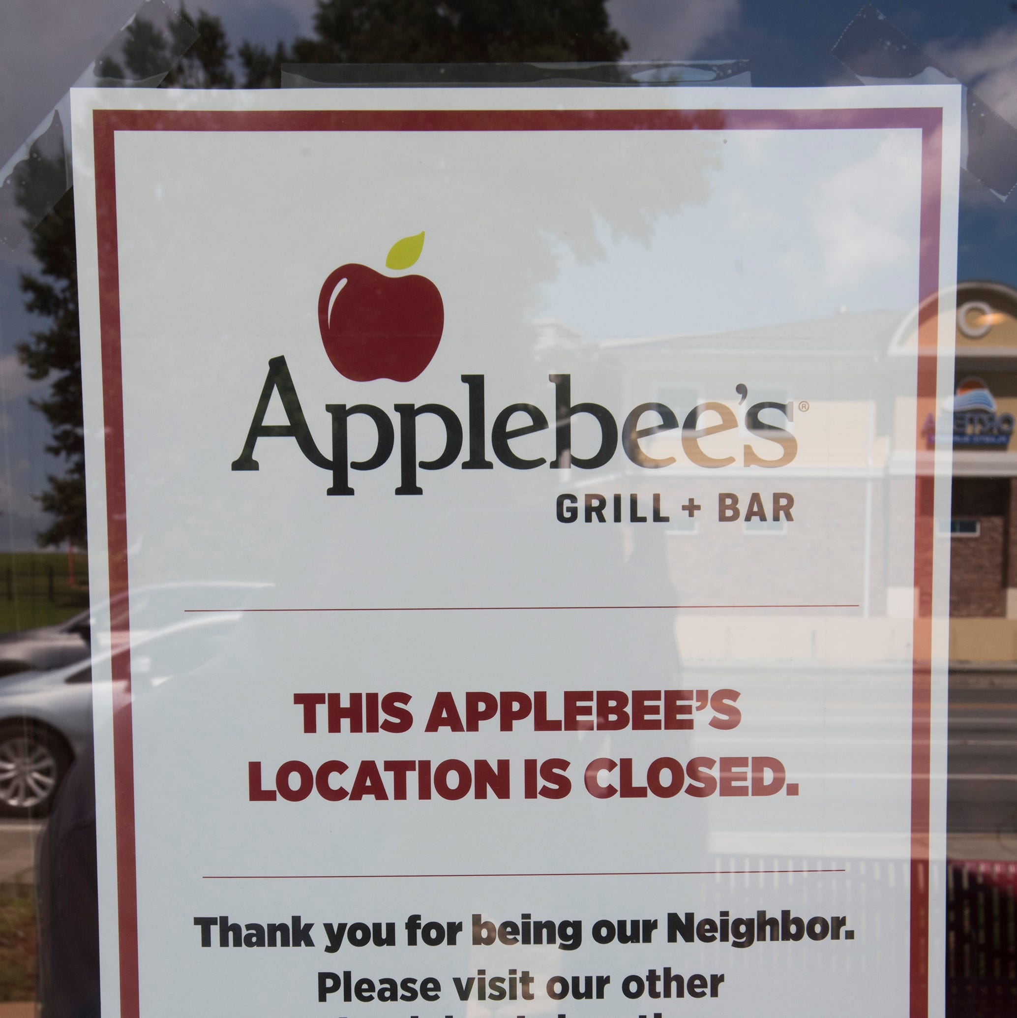 Pensacola Applebee's on Bayou Boulevard closes down
